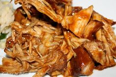 Bourbon Slow Cooked Pulled Pork | Cooking In Stilettos  http://cookinginstilettos.com/bourbon-slow-cooked-pulled-pork/