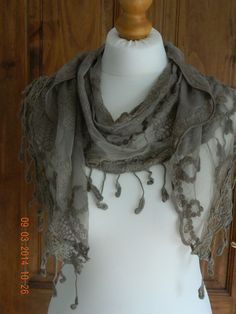 BNWOT TAUPE / BEIGE LACE SCARF BOHEMIAN HIPPY LAGENLOOK VINTAGE GIFT UK STOCK