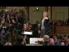 Radetzky March  Johann Strauss I - Vienna Philharmonics 2011 / Marcha Ra...