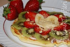 Waffle Tarifi Waffles, Pancakes, Delicious Desserts, Yummy Food, Quick Easy Meals, Fruit Salad, Cravings, Favorite Recipes, Breakfast