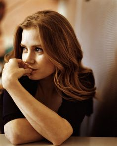 Amy Adams now thats a redhead. Pretty People, Beautiful People, Girl Pose, Actress Amy Adams, Drop Dead Gorgeous, Celebrity Portraits, Famous Faces, Beautiful Actresses, Celebrity Crush