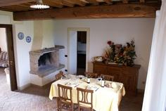 Warm hospitality Hospitality, Tuscany, Warm, Vacation, Home Decor, Vacations, Decoration Home, Room Decor, Tuscany Italy