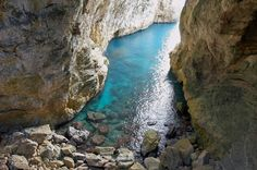 Both a pilgrimage destination and natural wonder, the Montagna Spaccata site near the coastal town of Gaeta is a popular destination for day trips from Rome. Gaeta Italy, Rome Italy, Places In Italy, Places To See, Day Trips From Rome, Italy Tourism, Clean Beach, Nature Water, Seaside Towns