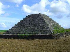 Planeta Pirámide. Realmente todas partes