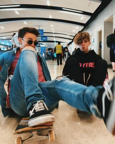 Jonah and Jack Future Boyfriend, To My Future Husband, Boys Who, My Boys, Why Dont We Imagines, Why Dont We Band, Jonah Marais, Zach Herron, Corbyn Besson