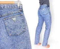 Sz 8 L 80s High Waisted Acid Wash Guess Jeans - Vintage Women's Long High Rise Slim Fit Tapered Leg Mom Jeans - 28 Waist