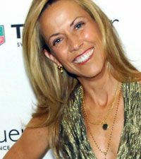 Sheryl Crow, Brain Tumor: Singer Reveals Memory Problems Due to Benign Growth - The Boot