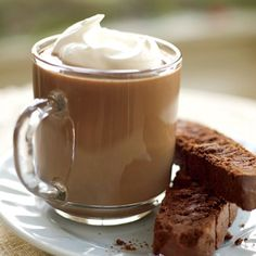 Hot Maine Mudslides with Chocolate Biscotti | Rachael Ray Every Day