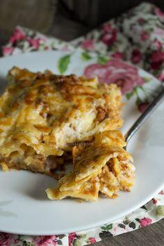 Λαζάνια με κιμά στο φούρνο και στο σπίτι πανηγύρι ⋆ Cook Eat Up! Cookbook Recipes, Cooking Recipes, Lasagna, Food And Drink, Pasta, Ethnic Recipes, Kitchens, Chef Recipes, Lasagne