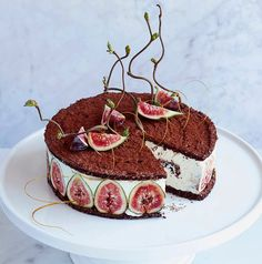 One for the grown ups! Chocolate hazelnut dacquoise with figs #cake #love