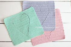 d i y lahja ystävälle   ripaus tunnelmaa   Bloglovin' Crochet Chart, Crochet Motif, Knit Crochet, Crochet Ideas, Yarn Bag, Crochet Potholders, Crochet Home, Pot Holders, Valentines Day