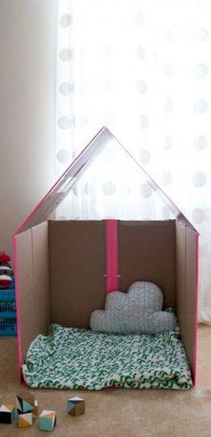 10 ideias de brincadeiras para dentro de casa, segundo o blog Macetes de mãe