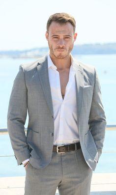 Turkish Men, Turkish Beauty, Turkish Actors, Cannes, Netflix Cast, Sexy Military Men, Hot Guys Tattoos, Actrices Hollywood, Wattpad