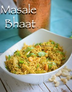 Masale Bhaat is a traditional, vegetarian, gluten free Maharashtrian rice dish, typically served on special occasions such as festivals and weddings. One Pot Dishes, Rice Dishes, My Favorite Food, Favorite Recipes, Wedding Lunch, Spiced Rice, Lentils And Rice, Vegetable Rice, Masala Recipe