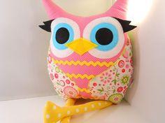 Super cute owl pillow.