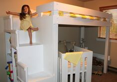 DIY Bunk Bed/ Loft bed for shared room. If we downsize, we will need a way for the girls to share their room :-) Toddler Bunk Beds, Loft Bunk Beds, Kid Beds, Bunk Bed Crib, Diy Bunkbeds, Bunk Bed With Desk, Bunk Beds With Stairs, Bed Stairs, Kura Ikea