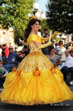 Belle - A Christmas Fantasy Parade