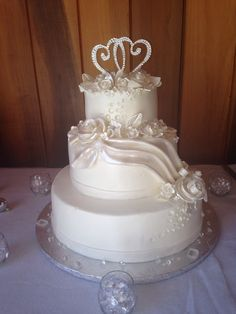 White 3 tier wedding 60 60th anniversary cake roses edible diamonds 6 in 10in 14 in
