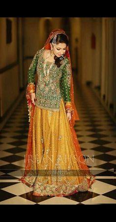 Pakistani/Indian yellow and green mehndi lehenga Pakistani Mehndi Dress, Pakistani Bridal Couture, Bridal Mehndi Dresses, Walima Dress, Pakistani Wedding Outfits, Bridal Outfits, Pakistani Dresses, Indian Dresses, Bridal Lehenga