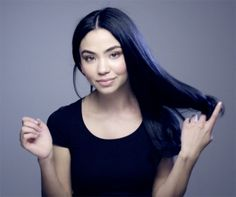 Rock The Blue/Black Hair Trend With Nutrisse | Look