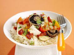 Gebratenes Gemüse mit Tofu und Reis - smarter - Kalorien: 353 Kcal - Zeit: 40 Min. | eatsmarter.de