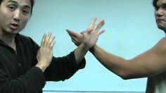 Learn Kung Fu Online for Life, Liberty and Happiness Kung Fu Techniques, Self Defense Techniques, Karate Academy, Martial Arts Training, Wing Chun, Aikido, Useful Life Hacks, Judo, Tai Chi