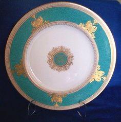 Wedgwood Columbia Turquoise/Aqua Dinner Plate - VINTAGE gold bottom! ~~ RARE!