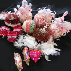 JOBLOT LUXURY  HANDMADE CHRISTMAS DECORATIONS PINKS SILVER CERISE COLLECTION