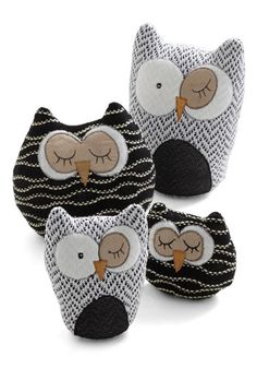Owl in Plush Set, #ModCloth need these for my apartment!!!!