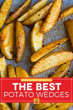 Baked Crispy Potato Wedges are a perfect side dish! They are crispy on the outside but soft on the inside and so tasty. #SundaySupper #potatowedges #crispy #bakedpotatowedges #wedges #crispywedges #bakedwedges #sidedish Best Potato Wedges, Crispy Baked Potato Wedges, Easy Baked Potato, Roasted Potato Wedges, Potato Wedges Recipe, Crispy Potatoes, Bison Burger Recipe, Tasty Potato Recipes, Creamy Pasta Bake