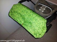 Kinderwagen-Muff aus Regenjacke und Tischdecke / Pram-handwarmer made from raincoat and tablecloth / Upcycling