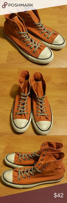 Mens converse all star New. Size 8.5. Never worn. Refer to 1st pic for true color, the rest of pics were under bad lighting. Converse Shoes Sneakers
