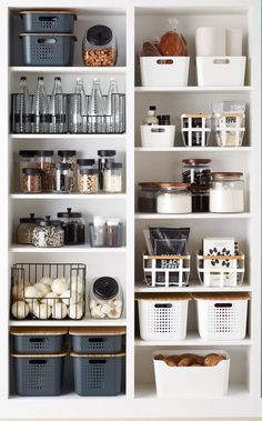 Die besten Lösungen für die Küchenorganisation The best solutions for kitchen organization Cuisine is everything for many women! Here, women can entertain family and friends with delicious meals and cookies. To realize this … house decoration