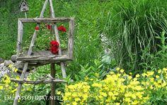 Rustic garden art easel