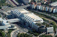 Abriss zwecks Sanierung - Berliner ICC bleibt, Deutschlandhalle geht