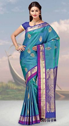 Find the gorgeous saree at our online store at Tajonline.com. Get flat 15% off on minimum order value INR 2000. Apply code sareesalex9y. Offer valid until 30 June 2017. Hurry up!  For more information click here: http://www.tajonline.com/gifts-to-india/gifts-AKE1657.html