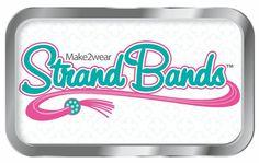 Cet été, j'ai reçu dans ma boîte aux lettres LA grosse nouveauté DIY pour fabriquer des bracelets : le Strand Bands ! Le Strand Bands nous vient tout droit des Etats-Unis où il est sorti au début d...