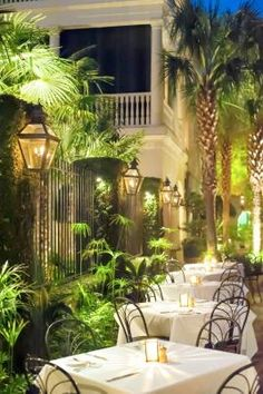 Romantic dining at Peninsula Grill in #Charleston, the only #RelaisChateaux restaurant in South Carolina.