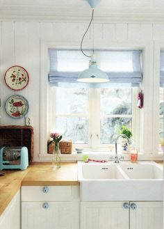 white + wood kitchen - love the chefs block bench top