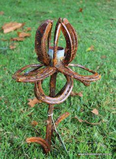 horseshoe sculpture