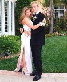 The Most Awkward Celebrity Prom Photos of All Time - Danielle Fishel and Lance Bass Danielle Fishel, Celebrity Prom Photos, Celebrity Prom Dresses, Celebrity Look, Celebrity Couples, Celebrity News, Regina George, Matthew Mcconaughey, Justin Timberlake