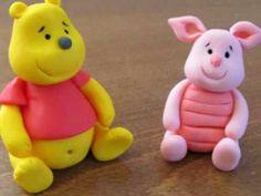 אנושקה - פו הדוב מבצק סוכר/Winnie the Pooh - fondant tutorial - YouTube HV: fondant massza ételfestékek Vásárolj meg mindent egy helyen a GlazurShopban! http://shop.glazur.hu