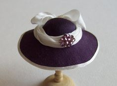 Handmade 1/12 miniature dollhouse aubergine silk hat