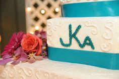 Cake scroll work close-up
