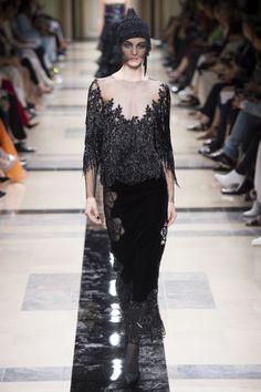 Armani Privé  #VogueRussia #couture #fallwinter2017 #ArmaniPrivé #VogueCollections