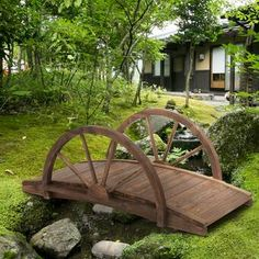 Create A Backyard Garden Playhouse Wooden Garden, Cedar Garden, Front Yard Landscaping, Wooded Backyard Landscape, Rustic Landscaping, Landscaping Ideas, Dollhouse Landscaping, Patio Pond, Rusty Garden