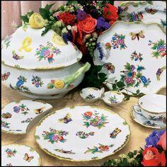 Herend Queen Victoria Collection