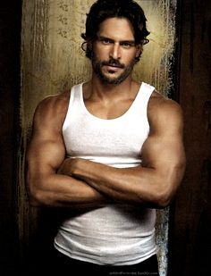 I like my Were's tall, dark & American! Joe Manganiello as Alcide Herveaux. *sooo hot*