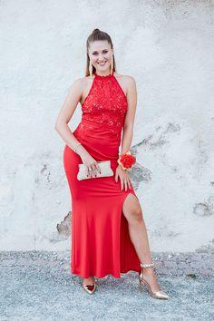 Evening Dresses, Prom Dresses, Formal Dresses, School Is Over, Golden Shoes, Graduation Photoshoot, Graduation Photography, Portrait Photography, Photography Ideas