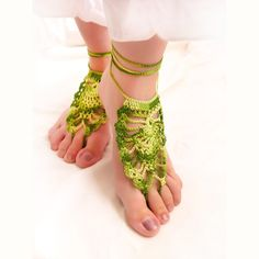 Gypsy Crochet Barefoot sandals. Sexy foot jewelry. green